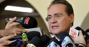 """""""Vamos votar hoje"""", afirmou o senador a jornalistas, ao chegar em evento em Brasília Jane de Araújo/Agência Senado"""